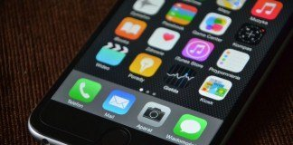 iphone-addiction-tekst-angielski-B1